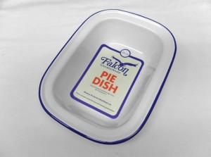 OBLONG PIE DISH 28cm  WHITE